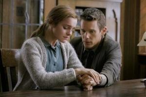 Emma Watson y Ethan Hawke protagonistas de la película.